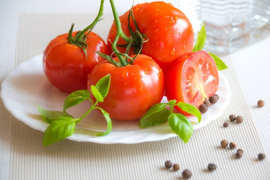top 7 superfoods for glowing skin