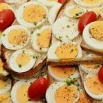 Foods You Need To Avoid Eating When You're Travelling