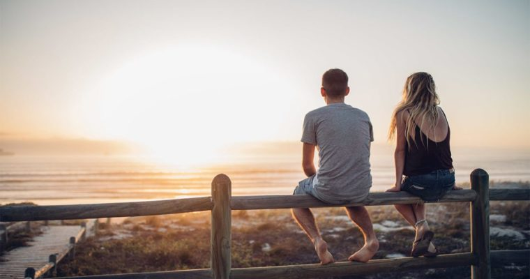 Intimacy vs Isolation – How To Deal With Loneliness