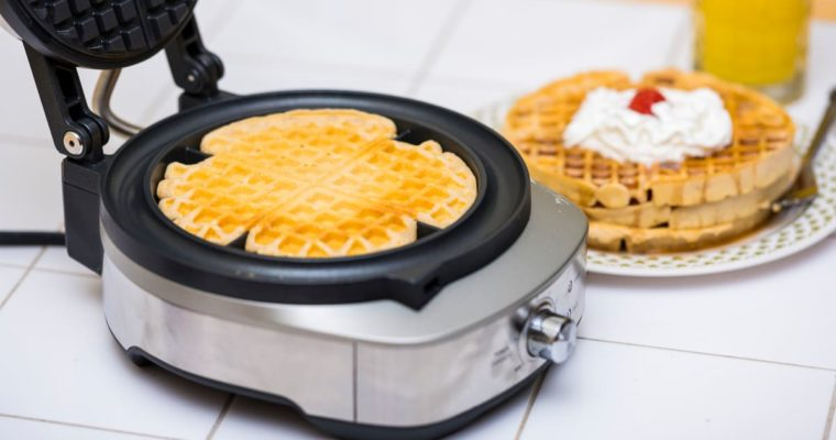 Top 5 Waffle Makers to Buy in India in 2020 – Buyer's Guide
