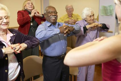 7 Fun Activities for Elderly People to Keep Them Moving