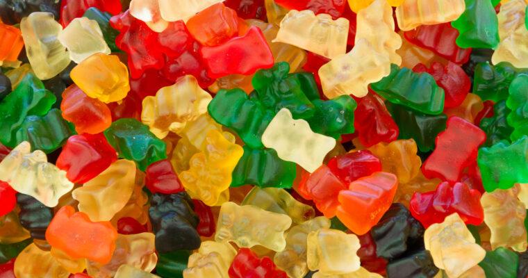 8 Advantages of Using Gummies