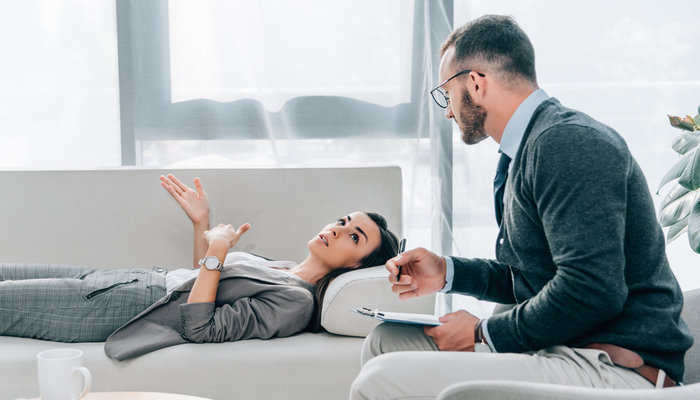 Psychologist VS Psychiatrist: What's The Difference?