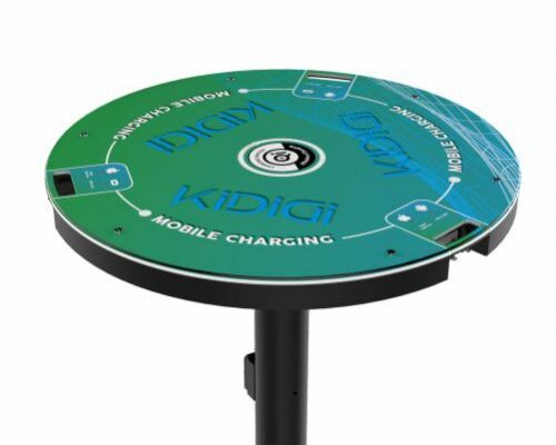 What to look for when buying a cocktail charging table