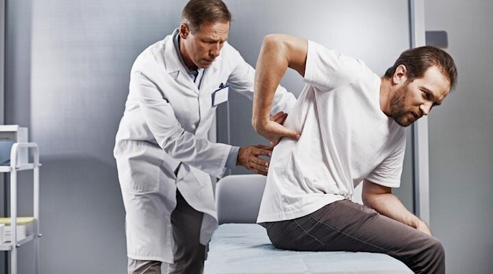 4 Signs You Need To See A Pain Management Doctor